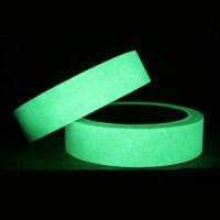 cinta-fotoluminiscente-adhesiva